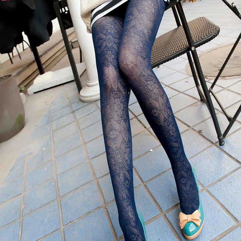 Commercio-all-39-ingrosso-di-autunno-donne-vintage-totem-modello-di-velluto-trafitto-sexy-calze-sottili