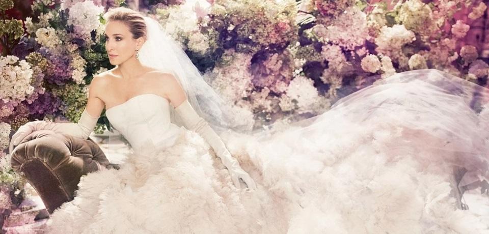 Come scegliere l'abito da sposa perfetto per ogni mese dell'anno