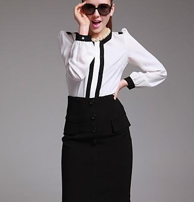 tubino nero e camicia bicolor